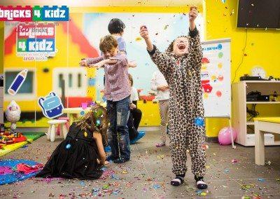 Bricks 4 Kidz Romania - Centru Creativitate Bucuresti - 042