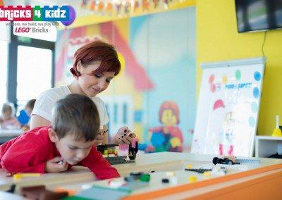 Bricks 4 Kidz Romania - Centru Creativitate Bucuresti - 075
