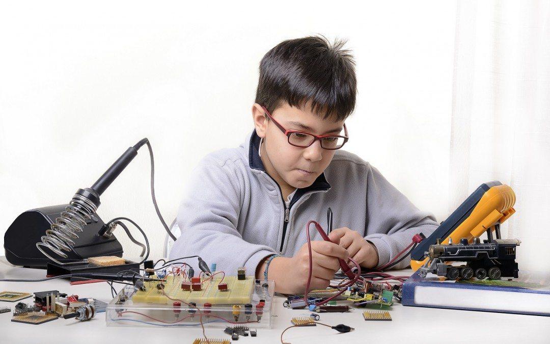 Cum își pregătesc părinții copiii pentru viitoarele oportunități de joburi?